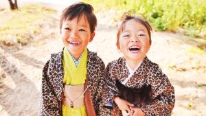 鳥取で七五三撮影や753撮影をスタジオや鳥取砂丘などロケーションで撮影をお考えでしたら是非マジカルフォトワークへ☆